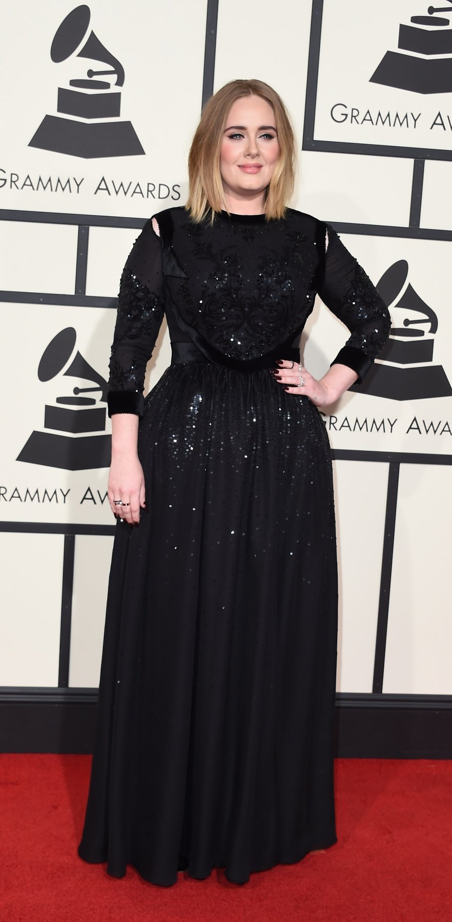 adele-grammys-red-carpet-2016